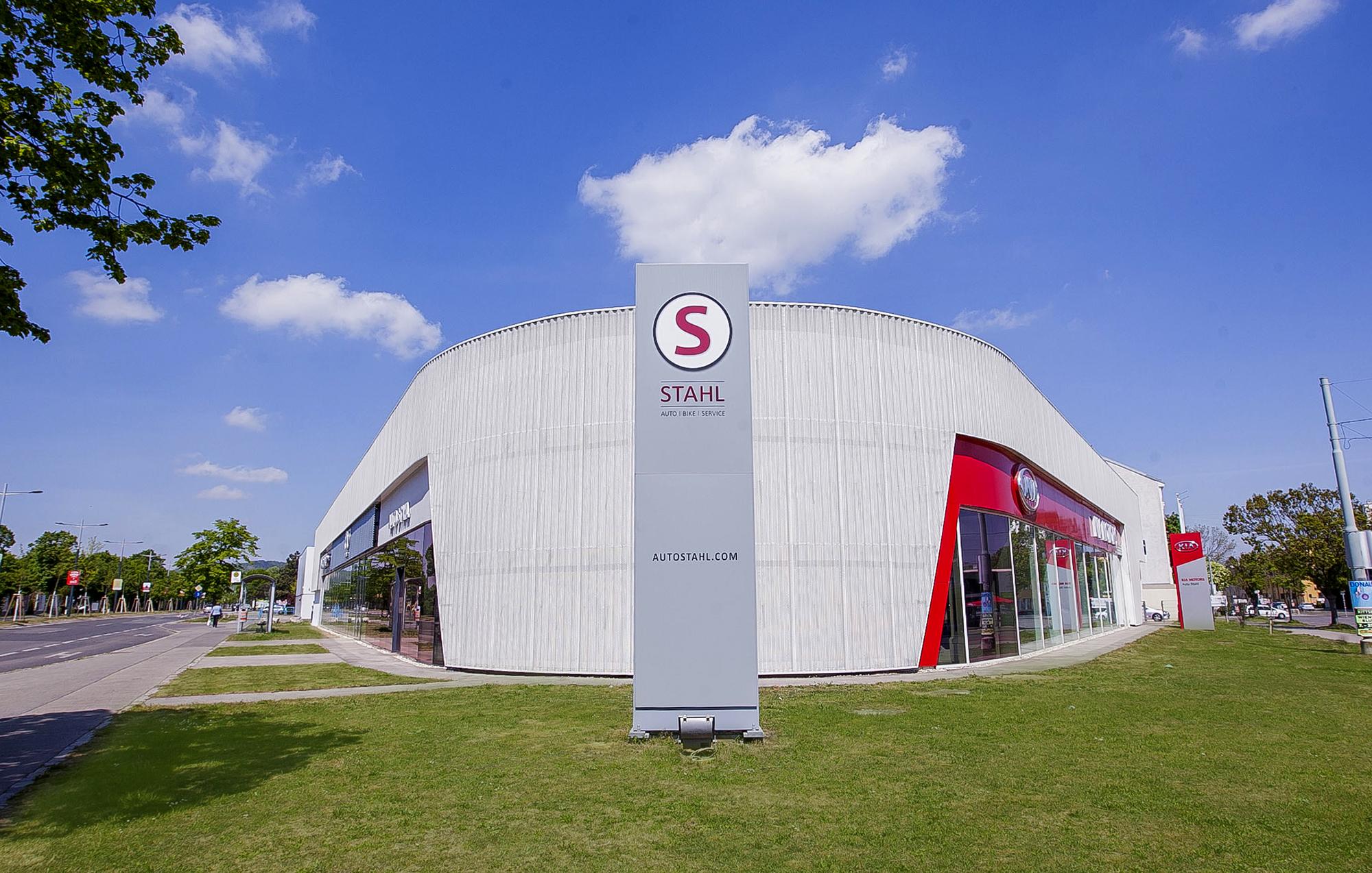 Bei AUTO STAHL in der Pragerstraße 278, 1210 Wien, finden Sie die Marken Kia, Mazda, Volva und Honda Automobile sowie Gebrauchtfahrzeuge aller Marken und umfangreiche Serviceleistungen