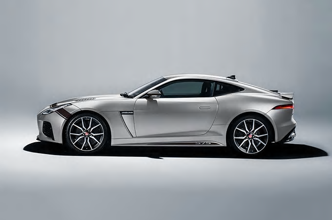 Jaguar F-Type SVR Graphic-Pack Indius Silver & Black bei Auto Stahl