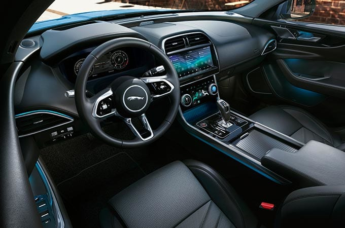 Auto Stahl der neue Jaguar XE 2019 Innenraum Schwarz Leder