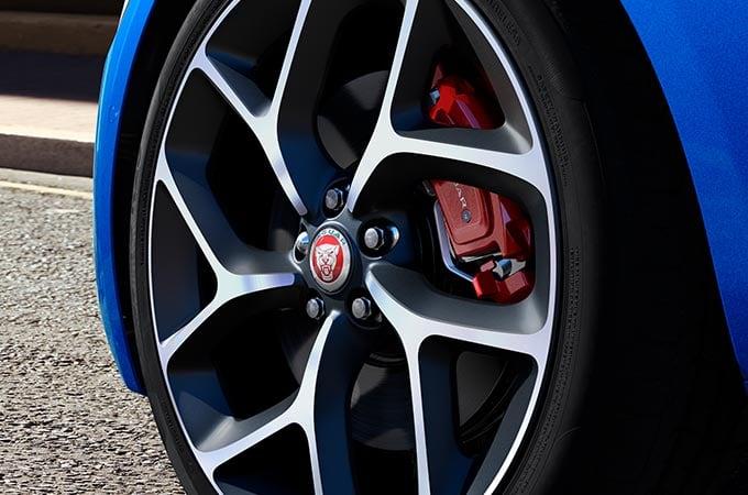Auto Stahl der neue Jaguar XE 2019 Felge