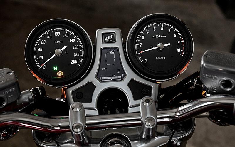 CB1100EX ABS bei Auto Stahl Tachoansicht