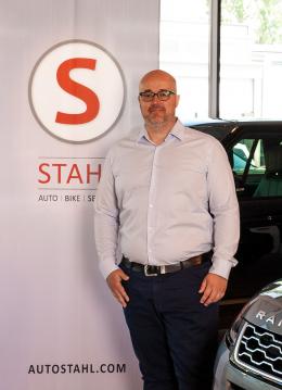 MA Silviu Ionescu Verk´kaufsleiter Ford & Gebrauchtwagen Auto Stahl Wien 22
