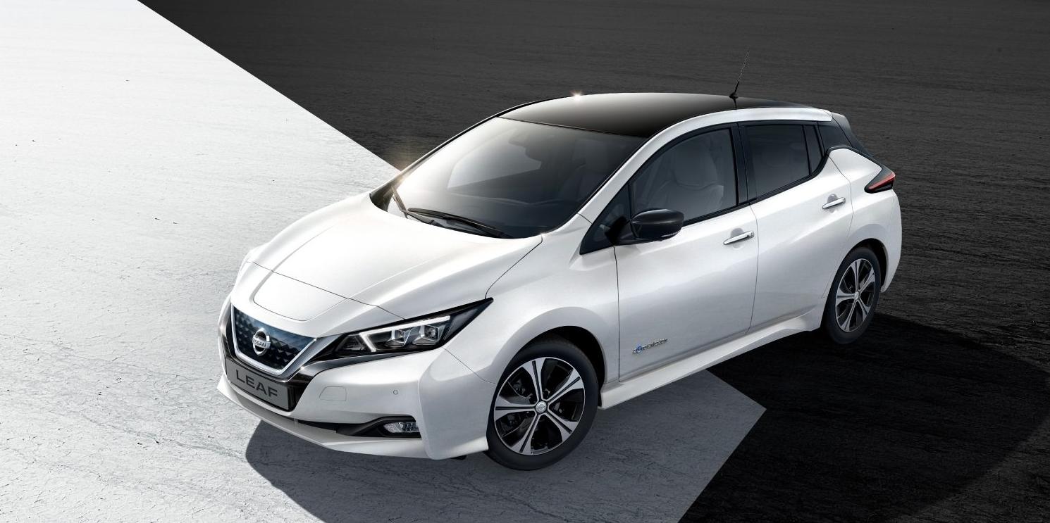 Neuer Nissan Leaf bei Auto Stahl Seitenansicht