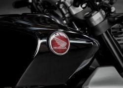 Honda Bike CB1000R 2018 bei Auto Stahl Logo Emblem Schwarz Rot