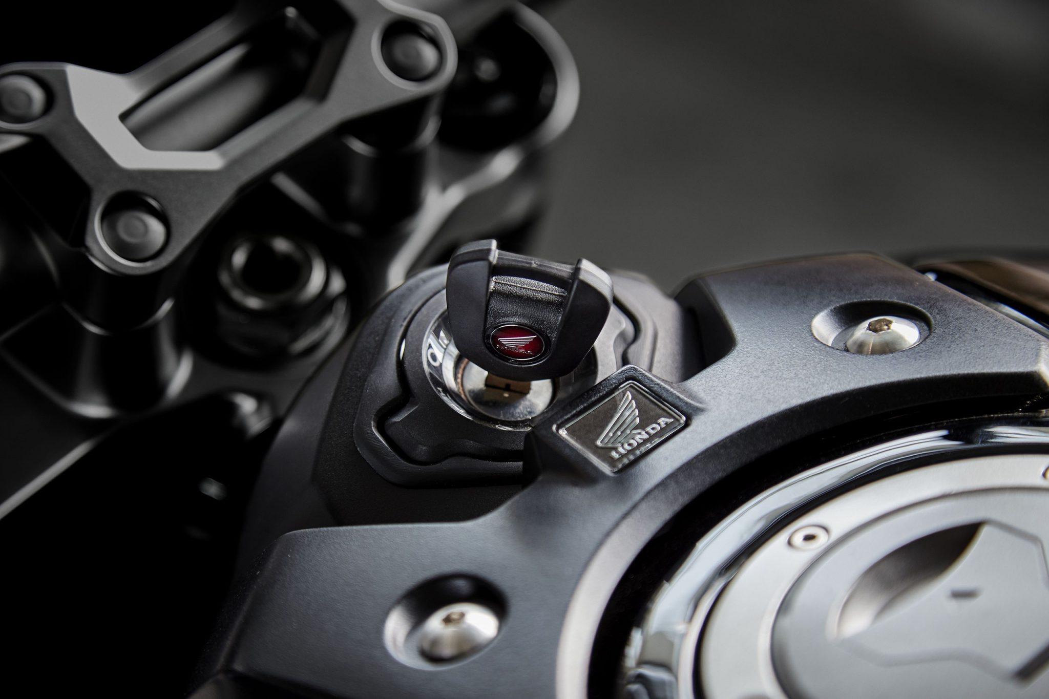 Honda Bike CB1000R 2018 bei Auto Stahl Schlüssel Zündschloss