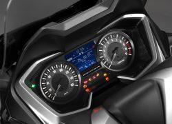 Honda Forza 300 bei Auto Stahl Tacho Schwarz Silber