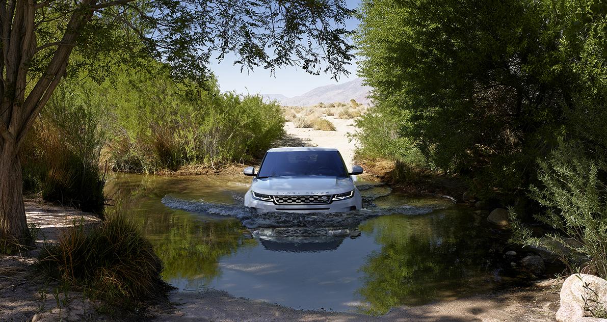 Range Rover Evoque 2019 Frontansicht Natur Wasser