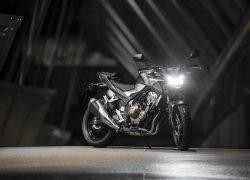 Honda CB500F 2019 bei Auto Stahl Schwarz Silber Seitenansicht