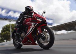 Honda CBR650R 2019 bei Auto Stahl Bike Motorrad Rennstrecke Rot Weiß Schwarz Seitenansicht