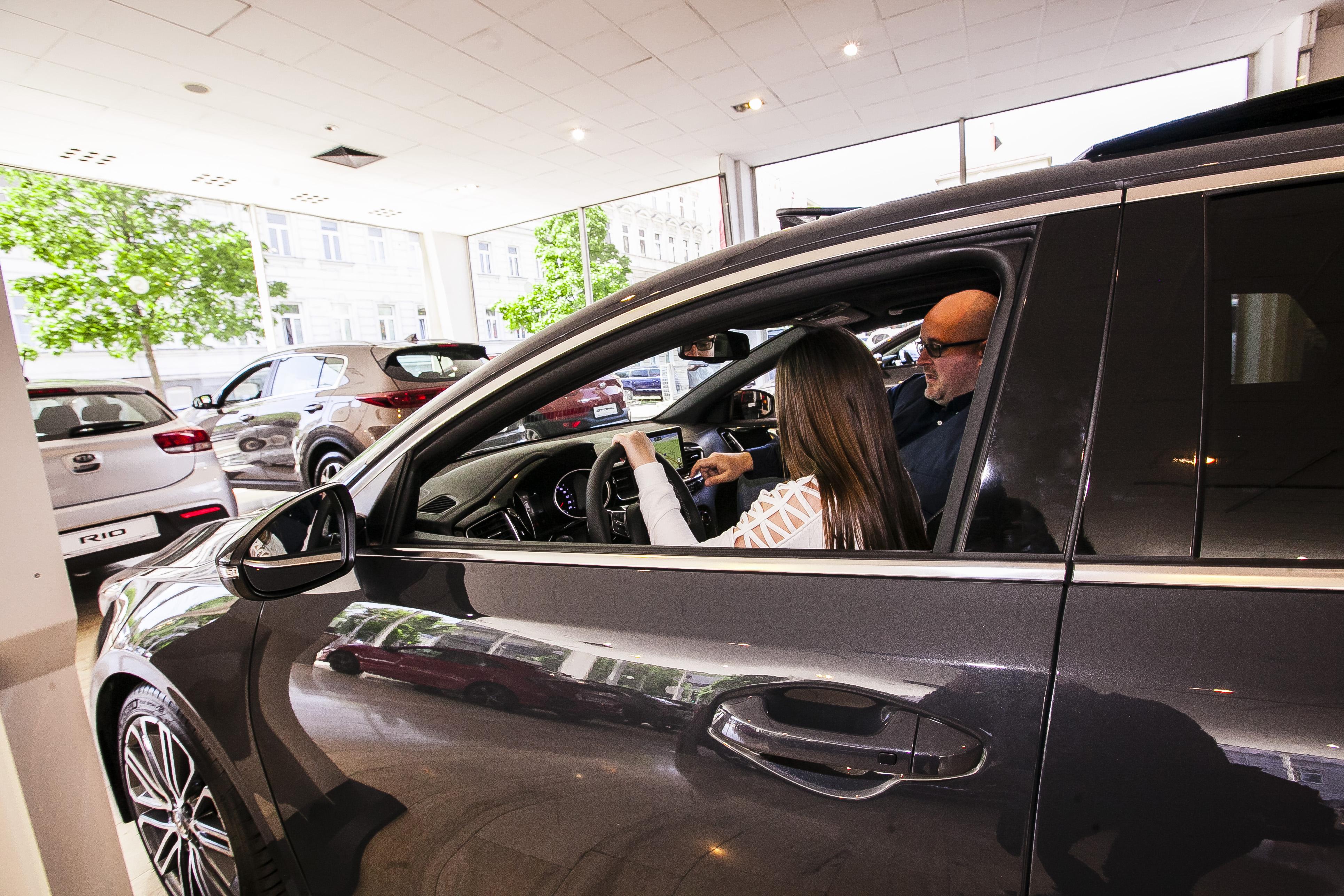 Auto Stahl Wien 20 Verkäufer Silviu Ionescu