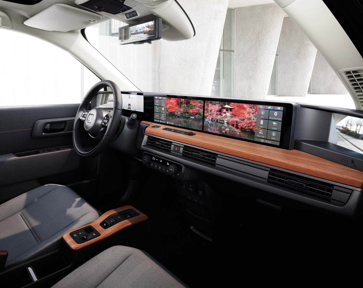 Der Honda e bei Auto Stahl ist Honda´s erstes vollelektrisches Fahrzeug, hier in der Innenansicht Cockpit