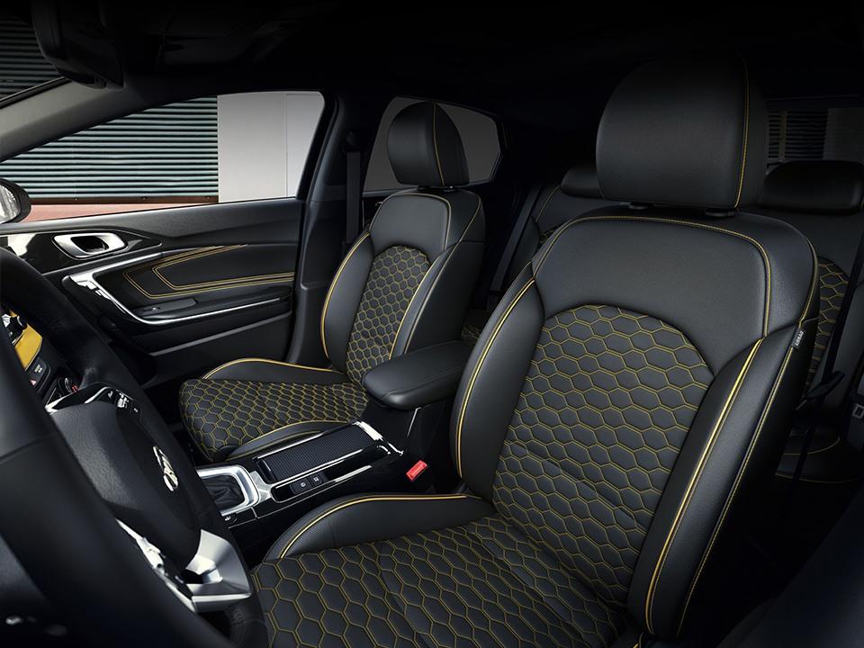 Kia XCeed bei Auto Stahl Sitze