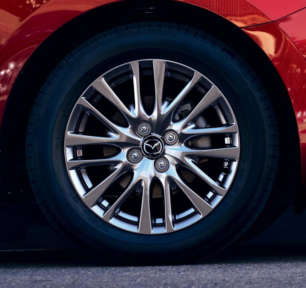 Mazda 2 bei Auto Stahl Modellabbildung in der Modellfarbe, Ansicht der Felgen