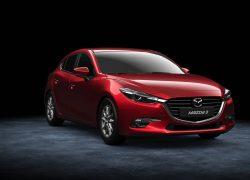 Mazda3 Hatchback bei Auto Stahl Modellfarbe rot