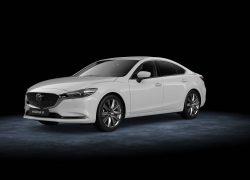 Mazda6 Limousine bei Auto Stahl Seitenansicht