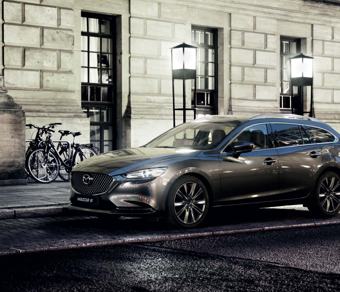 Mazda6 Auto Stahl Modellabbildung in schräger Seitenansicht, Modellfarbe grau