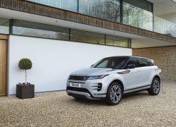 Range Rover Evoque PHEV bei Auto stahl Seitenansicht