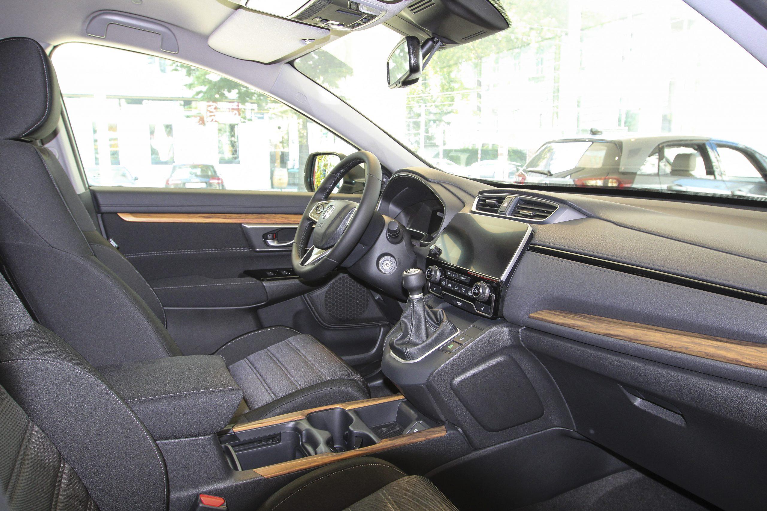 Honda CR-V bei Auto Stahl Innenansicht