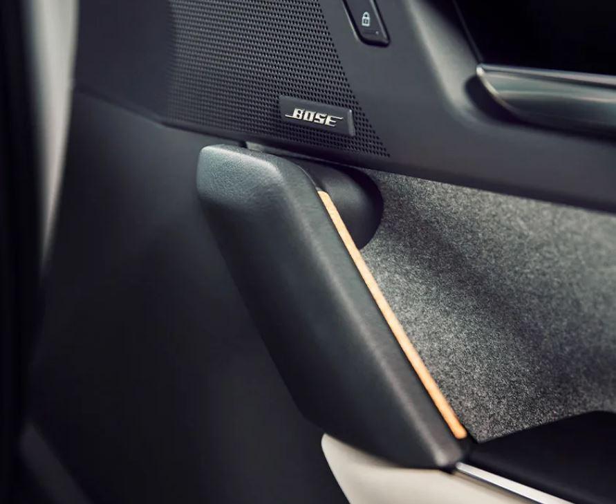 Mazda MX-30 bei Auto Stahl Innenansicht Bose