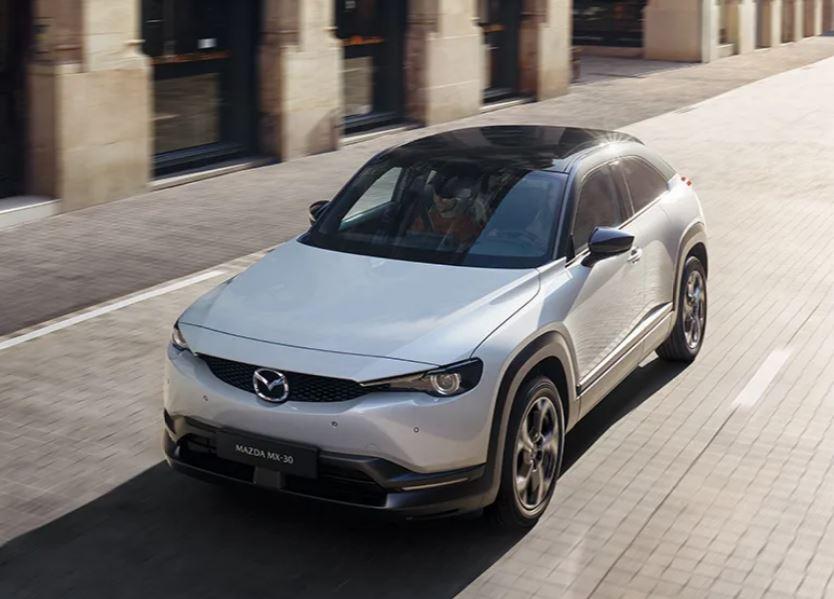 Mazda MX-30 bei Auto Stahl Vogelperspektive
