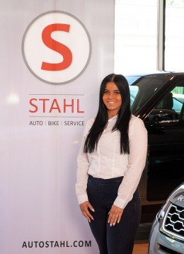 MA Natascha Lettmayer Teamassistentin Kundendienst Auto Stahl Wien 22