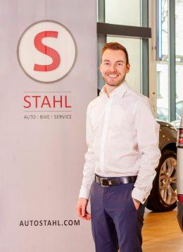 Auto Stahl Team Wien 20 Roman Lauscha Verkaufsberater