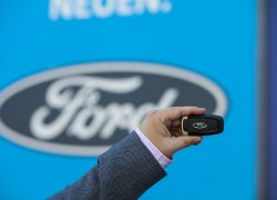 Ford NEU bei AUTO STAHL WIen 20