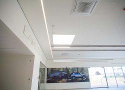 Auto STAHL Wien 22 Schillingstraße 4, 1220 Wien – Land Rover Showroom
