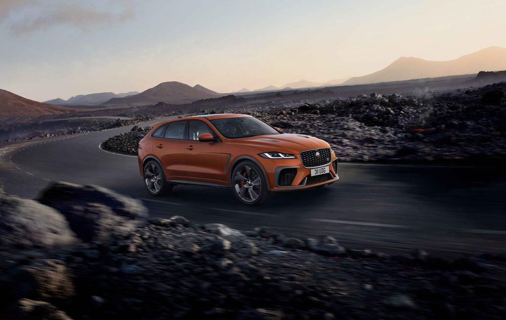 Jaguar F-Pace SVR Dynamic und weitere SV-Modelle: Erleben Sie diese bei der Jaguar Land Rover SVO Tour vom 28.9. bis 9.10.2021 bei Auto Stahl Wien 22!