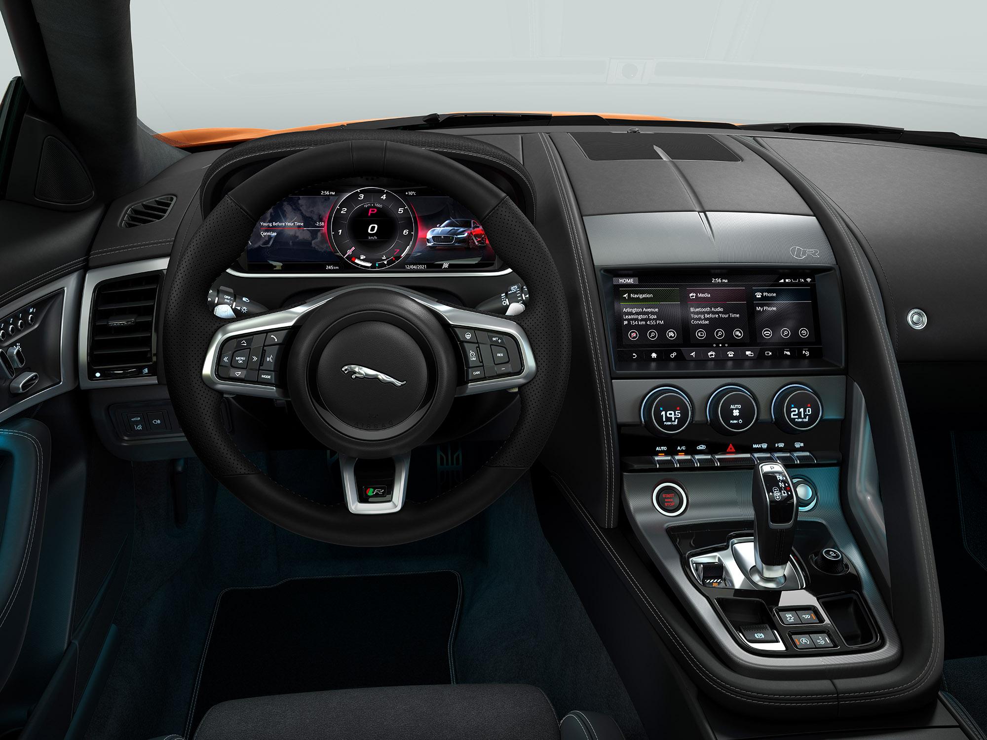 Interieur des Jaguar F-Type E-Dynamic Coupé – Bei der Jaguar Land Rover SVO Tour vom 28.9. bis 9.10.2021 bei Auto Stahl Wien 22 erleben!